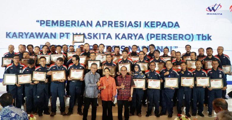 Photo of JTTS Selesai Tepat Waktu, Menteri Rini Apresiasi Hutama Karya dan Waskita Karya