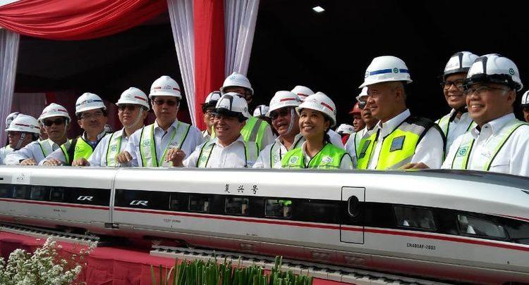 Photo of Kereta Cepat Beroperasi 2021, Jakarta-Bandung Cuma 46 Menit