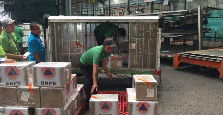 Photo of Garuda Indonesia Angkut Bantuan 10.000 Masker Bagi WNI di Tiongkok