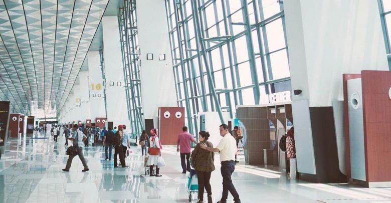 Photo of Tujuh Tips Bagi Penumpang Pesawat Saat Berbelanja di Bandara