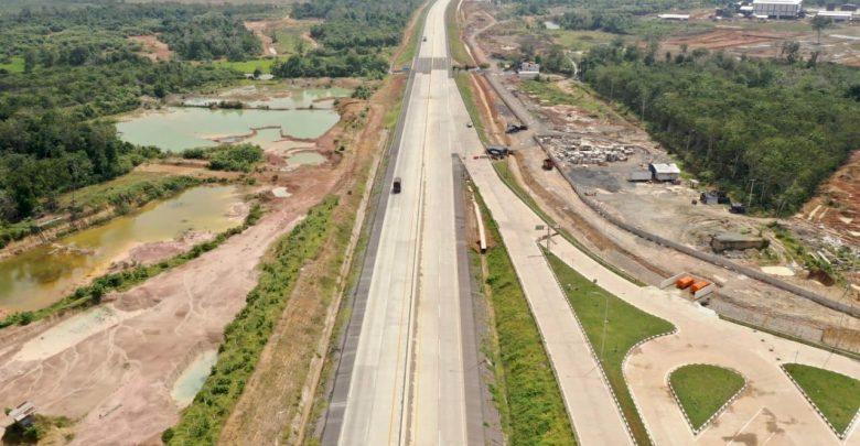 Photo of HK: Kendaraan Melintas di Tol Trans Sumatera Turun 42,62 persen