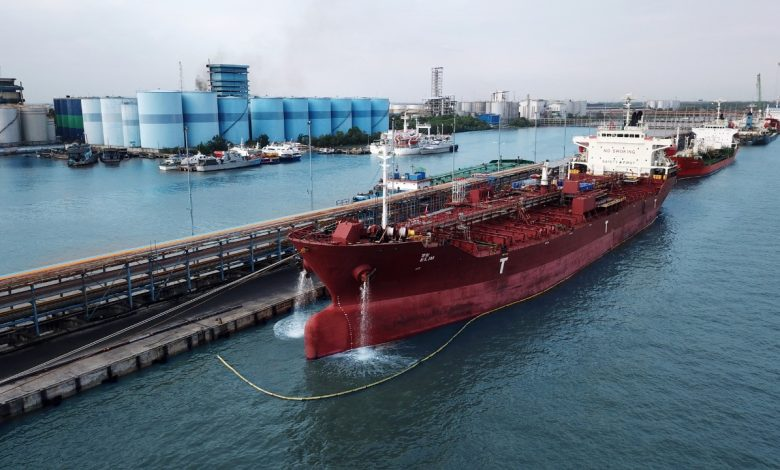 Photo of Dongkrak Pendapatan Usaha, Pelindo 1 Dumai Perluas Pasar Marine Services