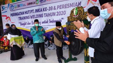 Photo of HUT ke-39, INKA Berkolaborasi dengan SMK Binaan Gelar Training Pengelasan