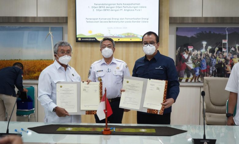 Photo of Bersama Dirjen EBTKE ESDM, AP1 Teken MoU Bandara Ramah Lingkungan