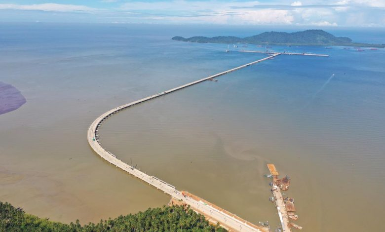 Photo of Wika Garap Jembatan Penghubung Dermaga Terpanjang di Indonesia