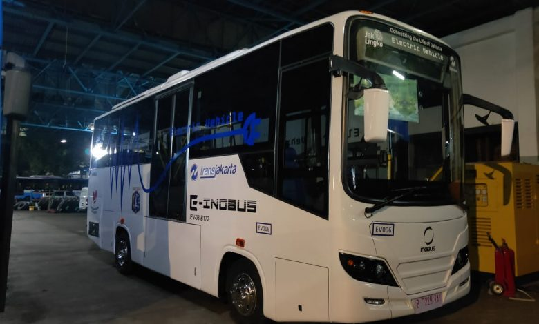 Photo of Bus Listrik INKA Uji Tiga Bulan di Jalanan Jakarta