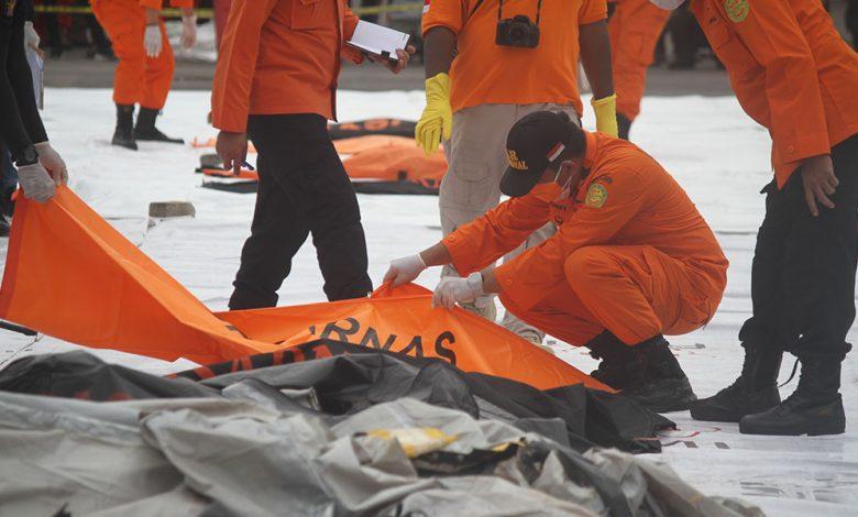 Photo of Temuan Bagian Pesawat dan Korban Sriwijaya Air SJ 182